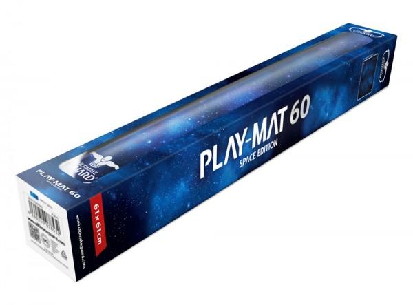 - Schützt Karten und Zubehör beim Spielen<br />- Besonders dick! 2 mm Materialstärke<br />- Weich gepolsterte Spielmatte<br />- Rutschfeste Textur auf Rückseite<br />- Hochwertiges Gewebe für optimales Würfelrollen<br />- Größe: 61 x 61 cm