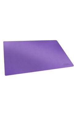 Qualitativ hochwertige Spielmatte mit idealer Größe und Anti-Rutsch-Oberfläche für den Schutz von Karten und Zubehör beim Spielen. - Innovative XenoSkin™-Oberfläche- Schützt Karten und Zubehör beim Spielen- Besonders dick! 2 mm Materialstärke- Weich gepol